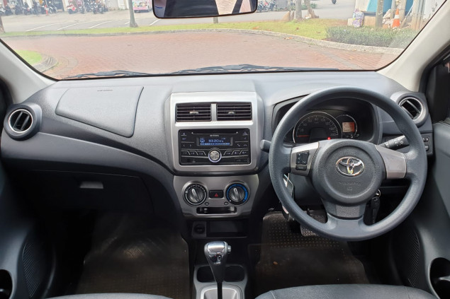 TOYOTA AGYA 1.2L G TRD AT 2017