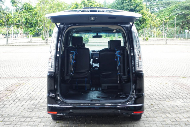 NISSAN SERENA 2.0L HWS AT 2016