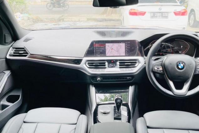 BMW 320i SPORT G20 AT 2020
