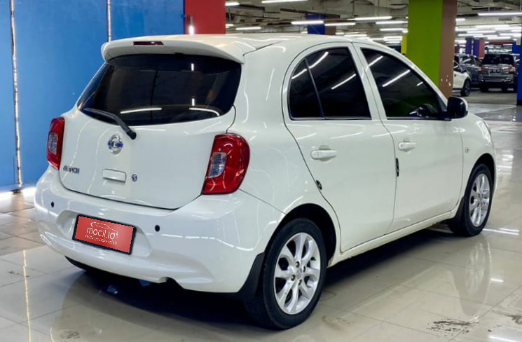 NISSAN MARCH 1.2L AT 2015
