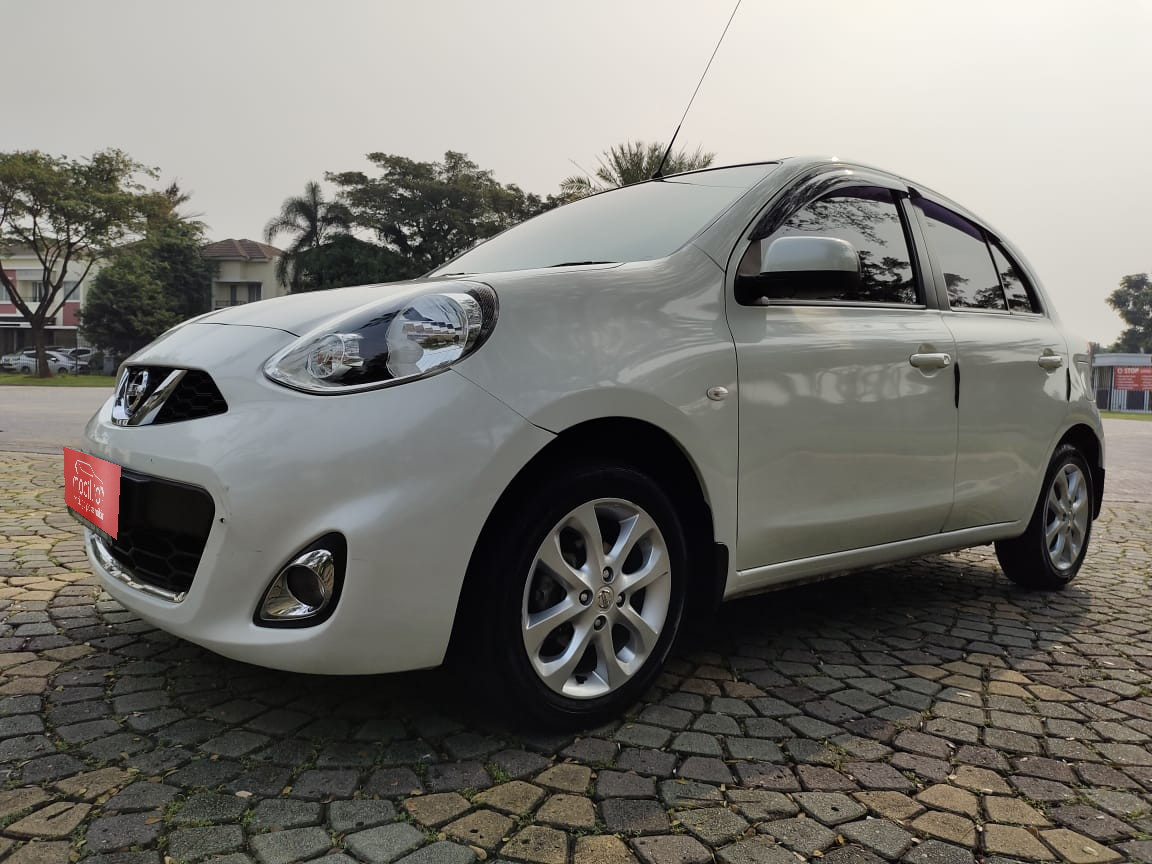 NISSAN MARCH 1.2L XS AT 2015