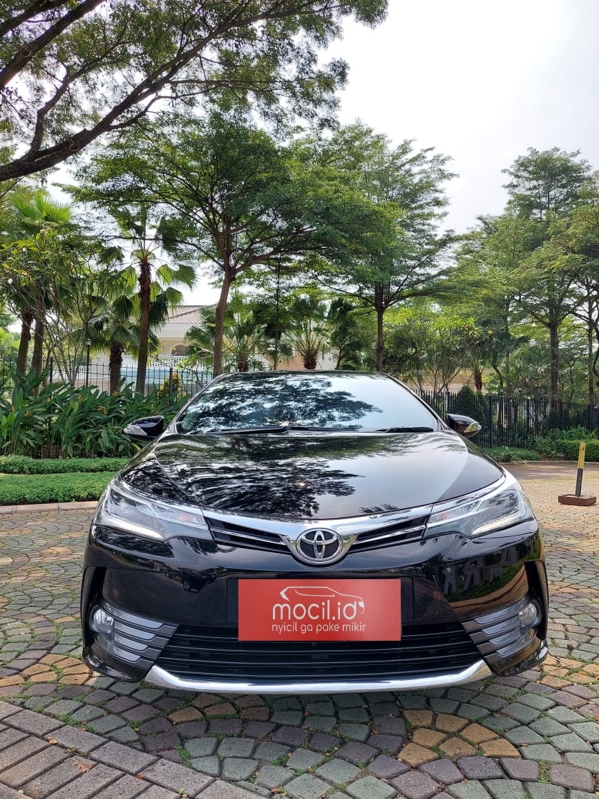 TOYOTA COROLLA ALTIS 1.8L V AT 2017