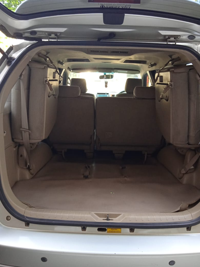 TOYOTA FORTUNER 2.5L G AT 2010