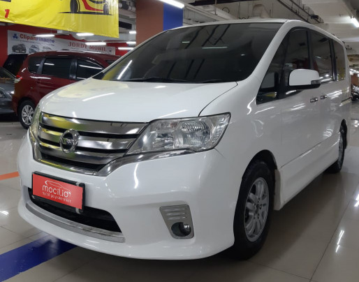 NISSAN SERENA 2.0L HWS AT 2013