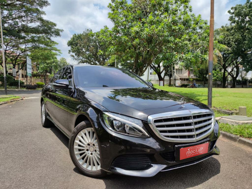 MERCEDES-BENZ C-CLASS C250 AT 2015