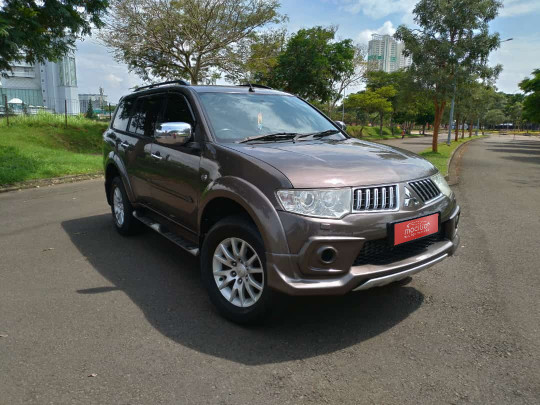 MITSUBISHI PAJERO SPORT2.5L EXCEED AT 2013