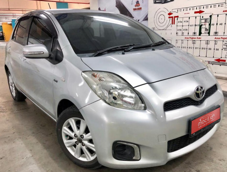 TOYOTA YARIS 1.5L J AT 2013