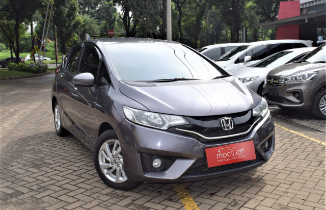 HONDA JAZZ 1.5L RS AT 2016