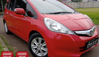 HONDA JAZZ S MT 2014