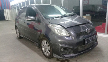 TOYOTA YARIS S LIMITED