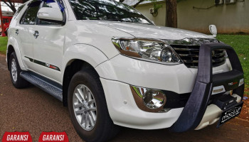 TOYOTA FORTUNER G TRD DIESEL AT 2012