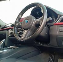 BMW 320i F30 SPORT A/T 2017