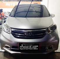 HONDA FREED 1.5L E AT 2013