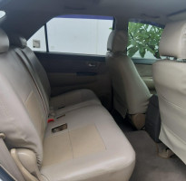 TOYOTA FORTUNER 2,5L G TRD A/T 2013