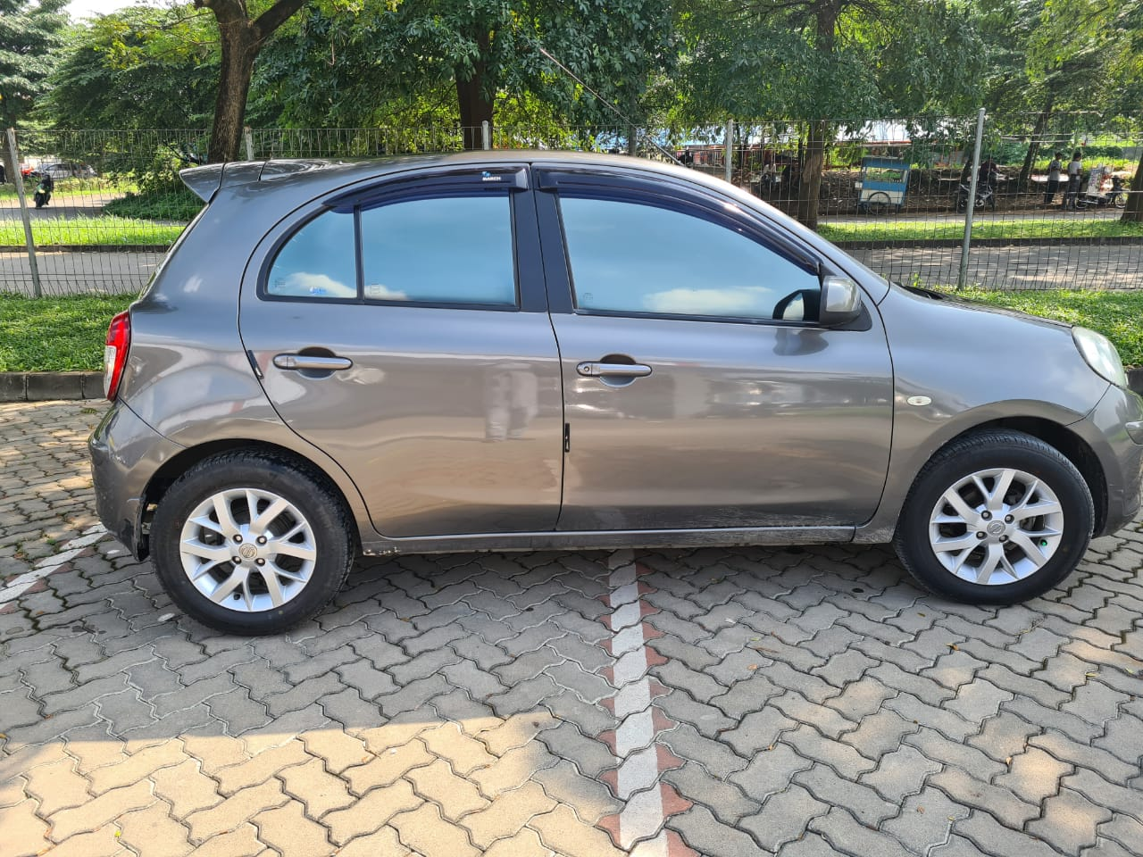NISSAN MARCH 1.2L AT 2012